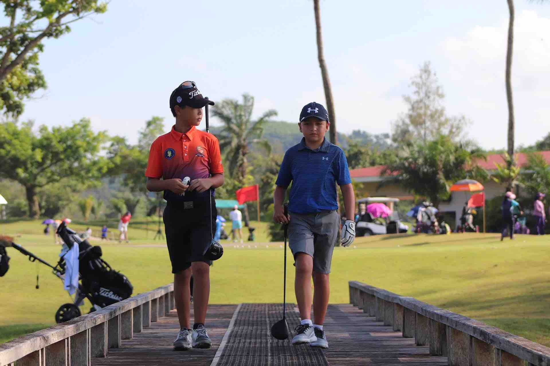 The walk up to JGTA Phuket