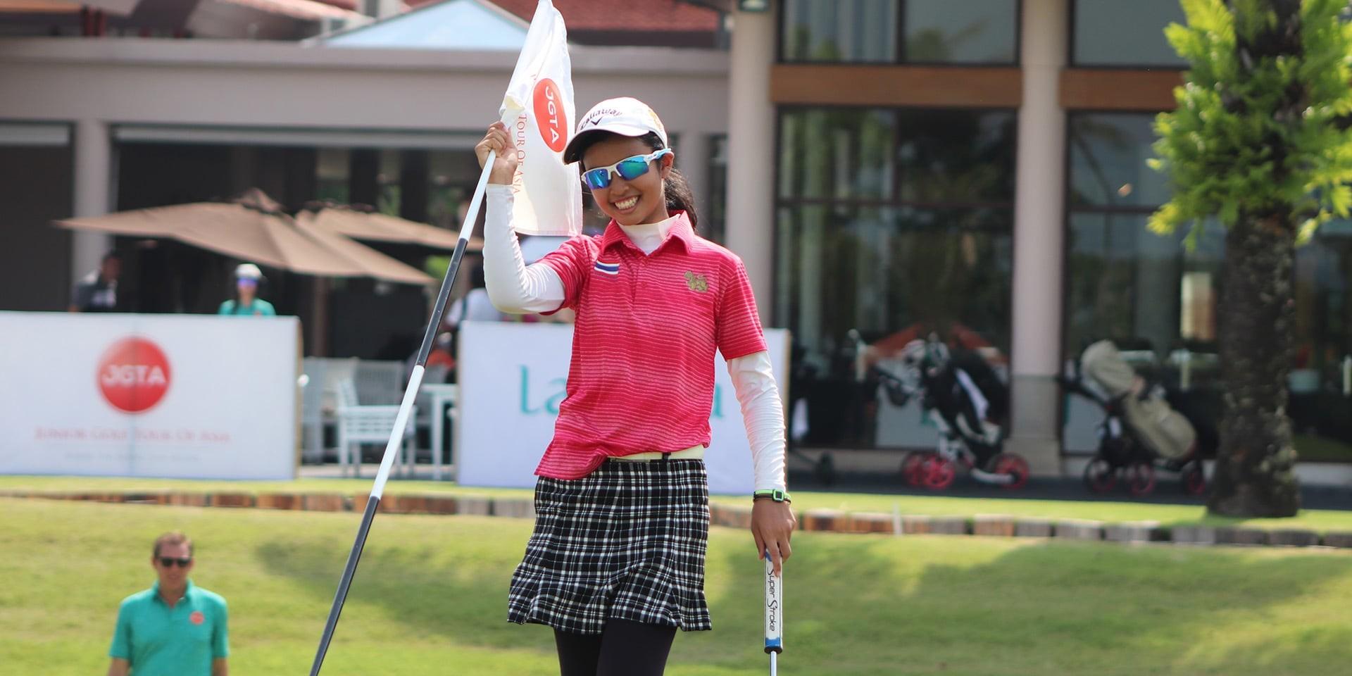 Tunwannarux Wins JGTA Phuket