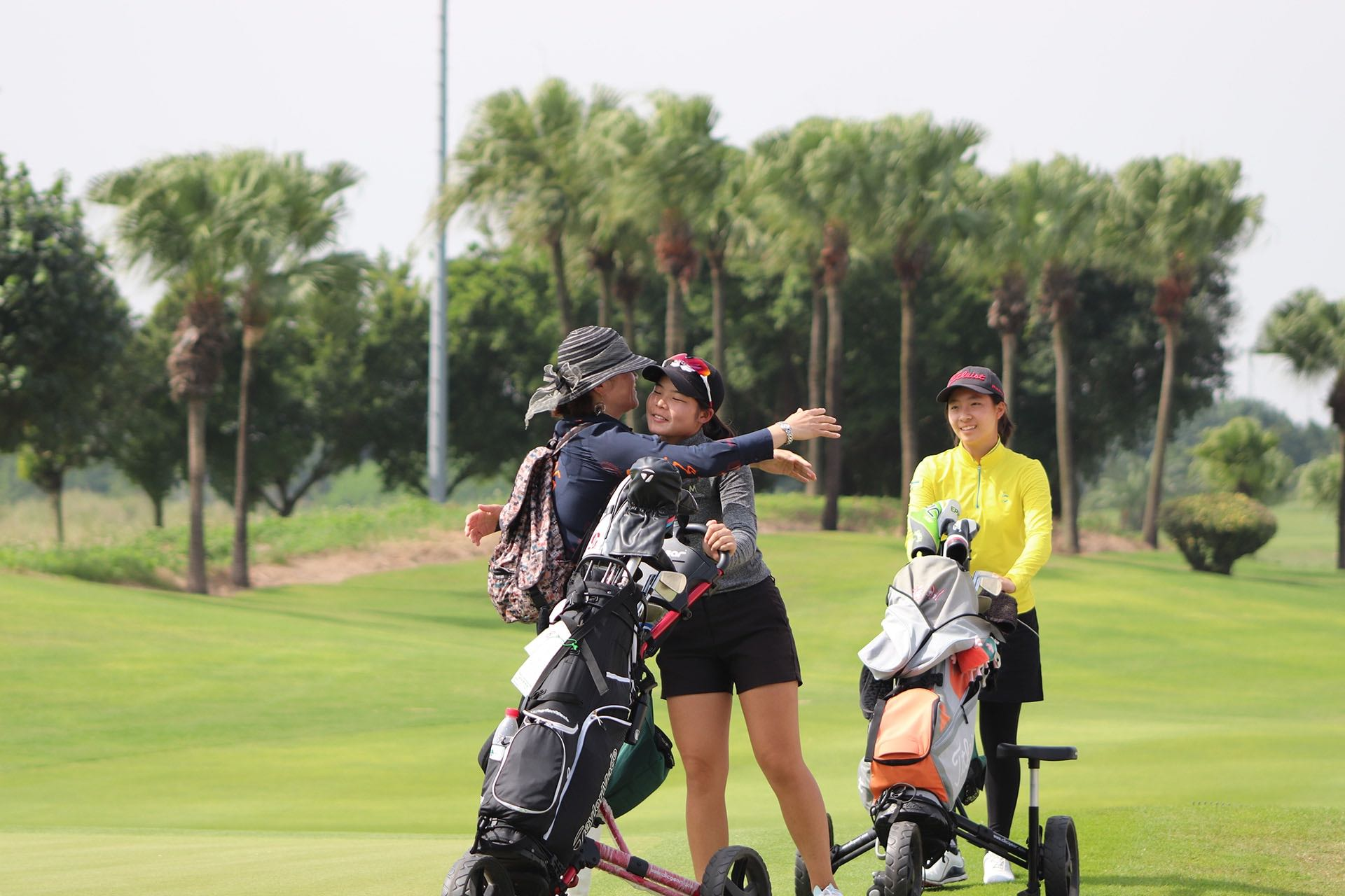 Jiabao Song embracing her mother as she Punches her Ticket to the JGTA Invitational with her win at The Southern Junior