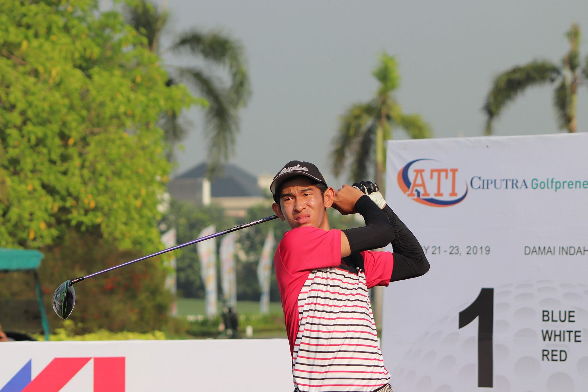 Gabriel Hansel Hari First Team Junior All-Asia Swing at first tee of JGTA Ciputra